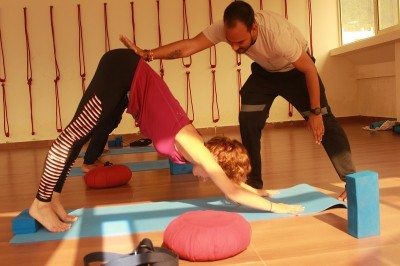 yoga teacher training in India | yoga teacher training in Rishikesh